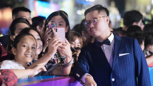 《非常替身》亮相丝绸之路电影节 魏翔大受追捧