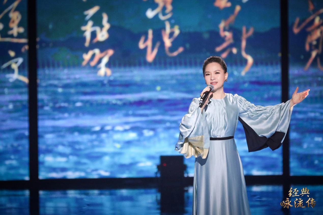 武汉花儿合唱团温暖童声传递生命力量 周深空灵嗓音演绎爱情名篇