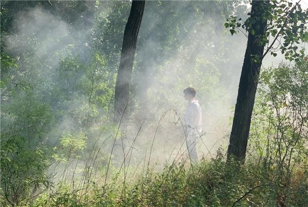 """姚六一参演《雾里》MV拍摄,""""迷雾""""花絮曝光!"""